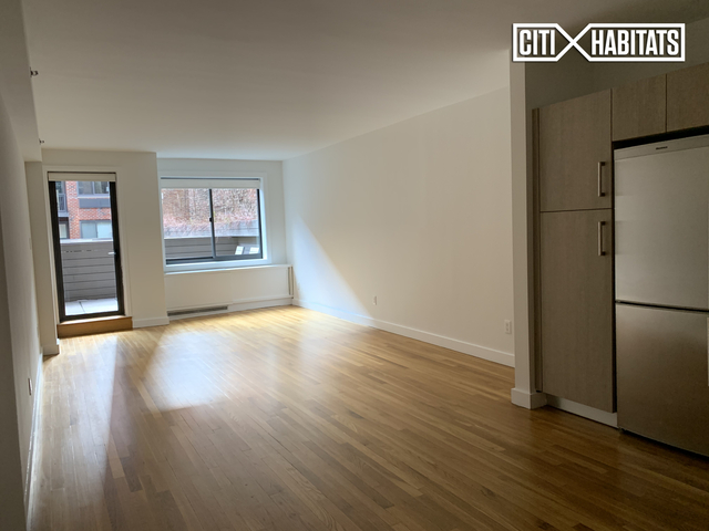 Studio, Chelsea Rental in NYC for $4,375 - Photo 2