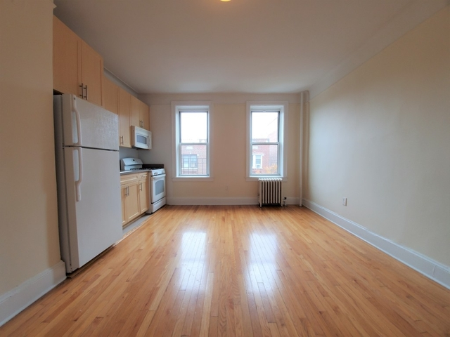 1 Bedroom, Woodside Rental in NYC for $2,050 - Photo 1