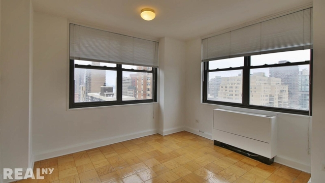 3 Bedrooms, Rose Hill Rental in NYC for $5,823 - Photo 1