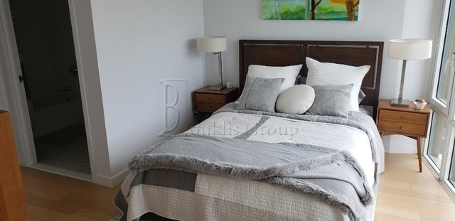 2 Bedrooms, Astoria Rental in NYC for $3,776 - Photo 1