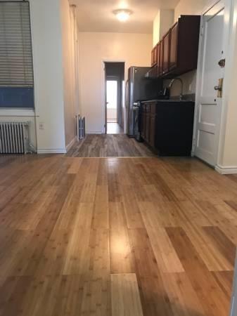 3 Bedrooms, Ridgewood Rental in NYC for $2,500 - Photo 2
