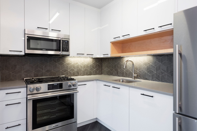 2 Bedrooms, Alphabet City Rental in NYC for $6,474 - Photo 2