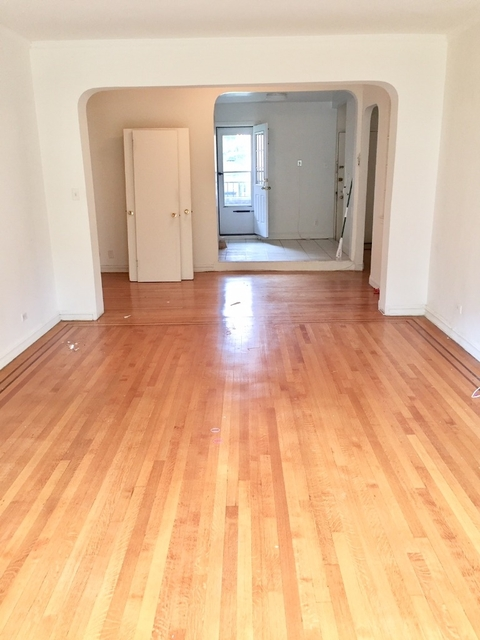2 Bedrooms, Forest Hills Rental in NYC for $3,250 - Photo 1