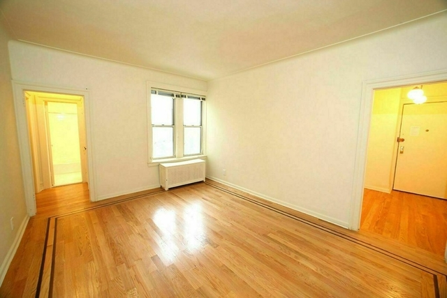 1 Bedroom, Gravesend Rental in NYC for $1,835 - Photo 2