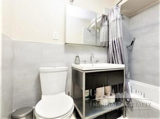 1 Bedroom, Tribeca Rental in NYC for $4,050 - Photo 2
