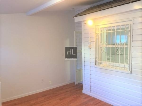 4 Bedrooms, Forest Hills Rental in NYC for $3,790 - Photo 2