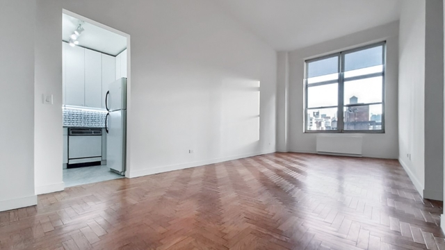 2 Bedrooms, Carnegie Hill Rental in NYC for $6,390 - Photo 2