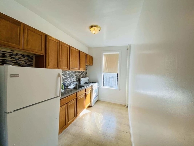 2 Bedrooms, Borough Park Rental in NYC for $1,795 - Photo 1