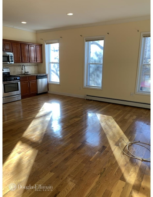 2 Bedrooms, East New York Rental in NYC for $2,200 - Photo 1