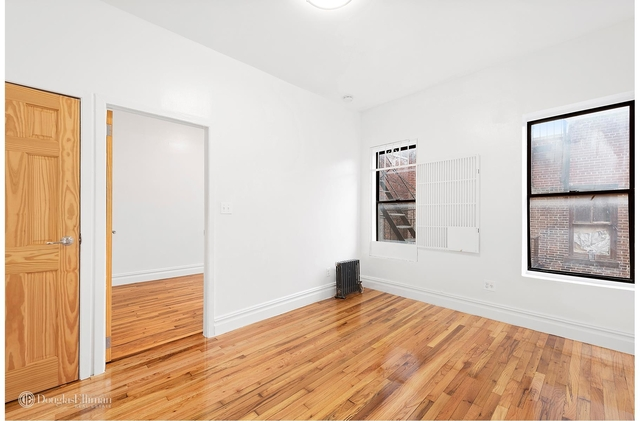 2 Bedrooms, Chelsea Rental in NYC for $3,917 - Photo 2