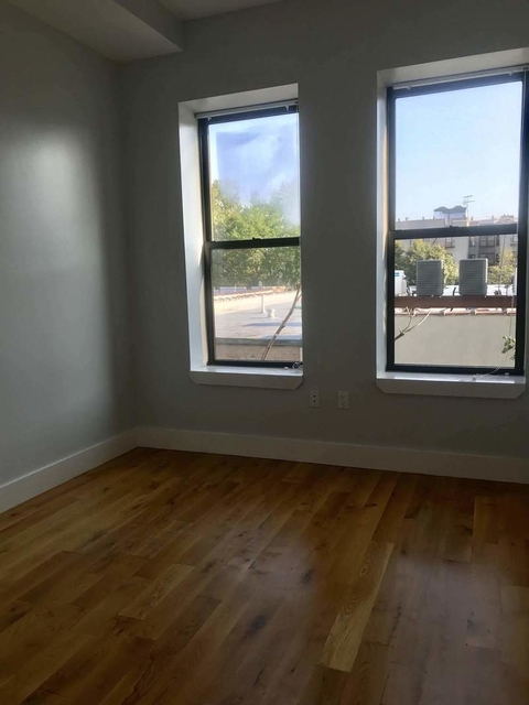 4 Bedrooms, Wingate Rental in NYC for $3,325 - Photo 2