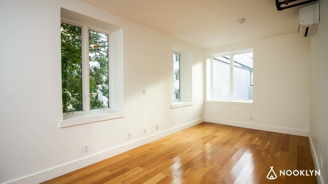 1 Bedroom, Bushwick Rental in NYC for $2,450 - Photo 2