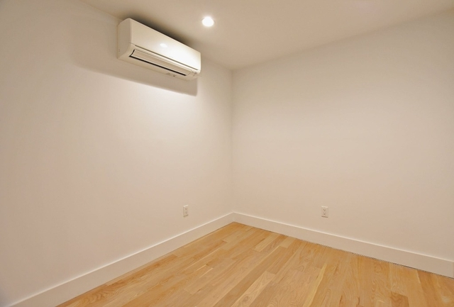 4 Bedrooms, Alphabet City Rental in NYC for $4,880 - Photo 2