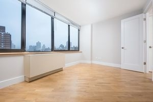 2 Bedrooms, East Harlem Rental in NYC for $5,075 - Photo 2