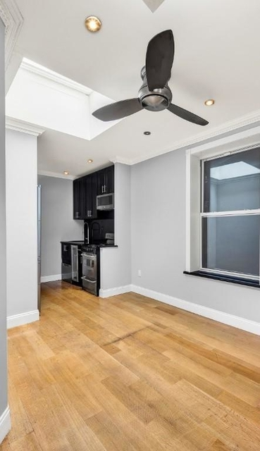 4 Bedrooms, East Village Rental in NYC for $6,478 - Photo 2