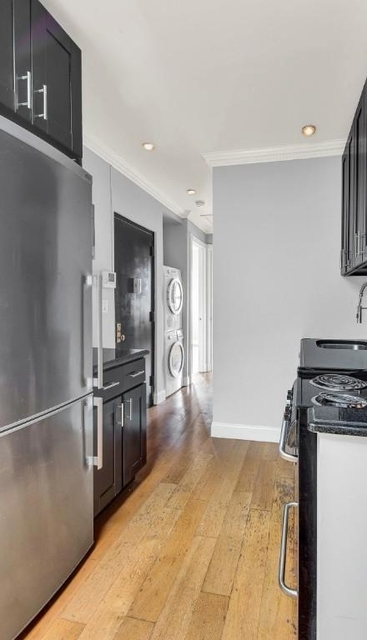 4 Bedrooms, East Village Rental in NYC for $6,478 - Photo 1