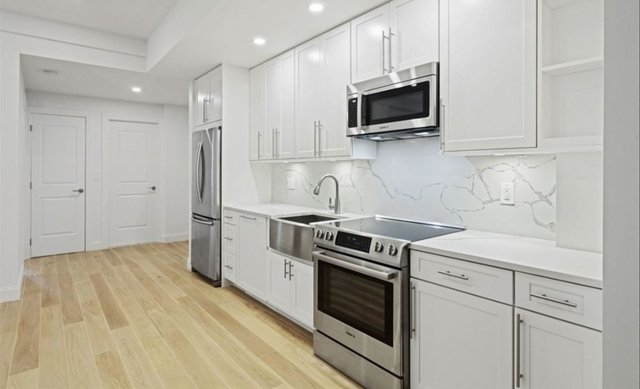 4 Bedrooms, Gramercy Park Rental in NYC for $6,425 - Photo 1