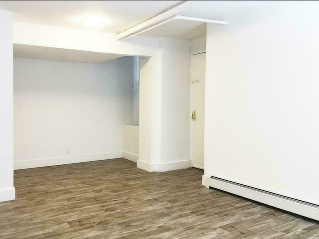 3 Bedrooms, Morningside Heights Rental in NYC for $3,200 - Photo 2