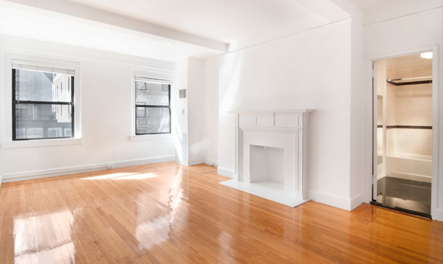 Studio, Theater District Rental in NYC for $3,425 - Photo 1
