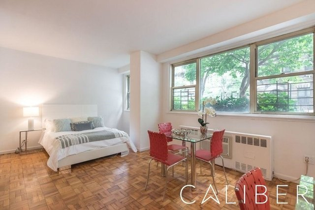Studio, Yorkville Rental in NYC for $2,608 - Photo 1