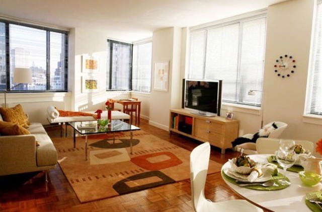 2 Bedrooms, Battery Park City Rental in NYC for $6,995 - Photo 1