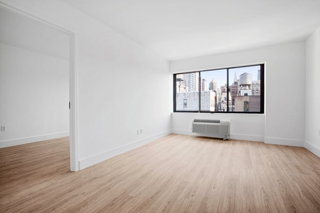 1 Bedroom, Chelsea Rental in NYC for $5,475 - Photo 1