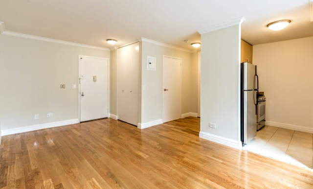 Studio, Theater District Rental in NYC for $3,410 - Photo 2