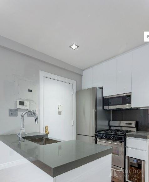 2 Bedrooms, Alphabet City Rental in NYC for $4,021 - Photo 2