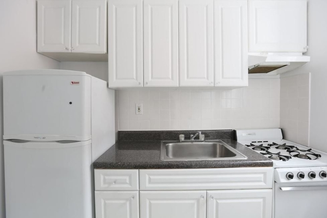 Studio, Midtown East Rental in NYC for $2,200 - Photo 2