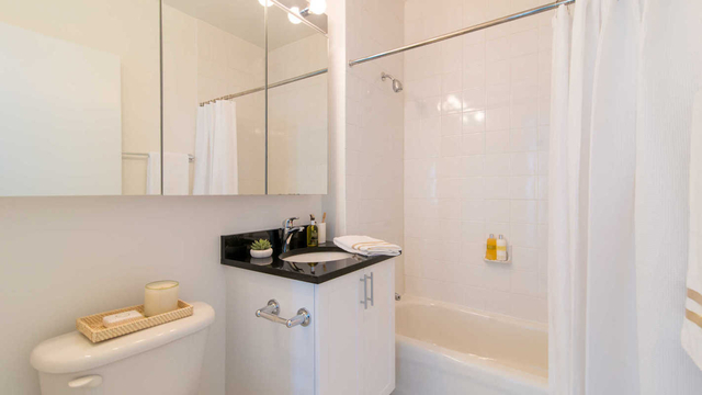 1 Bedroom, Lincoln Square Rental in NYC for $3,962 - Photo 1