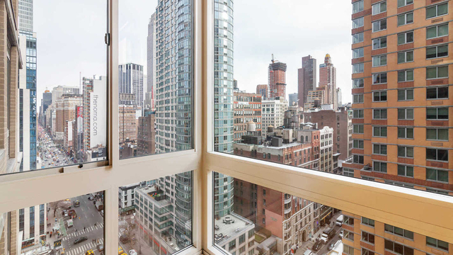 Studio, Chelsea Rental in NYC for $3,878 - Photo 1