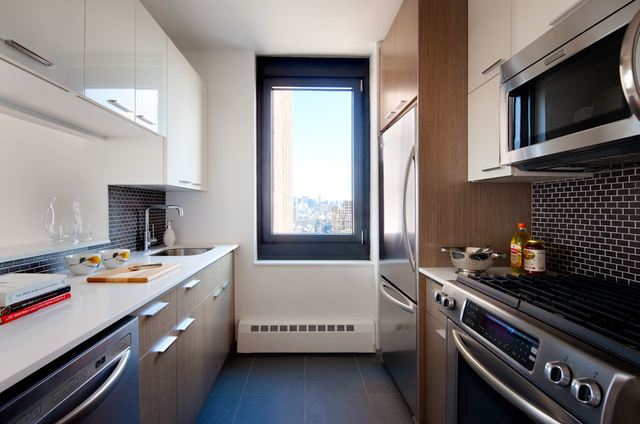 2 Bedrooms, Tribeca Rental in NYC for $7,685 - Photo 2
