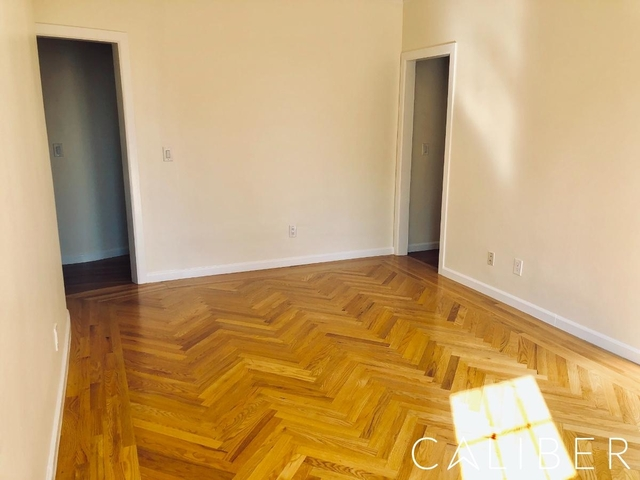2 Bedrooms, West Village Rental in NYC for $5,795 - Photo 2