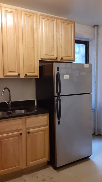 2 Bedrooms, East Midwood Rental in NYC for $2,070 - Photo 2