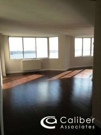 2 Bedrooms, Murray Hill Rental in NYC for $4,999 - Photo 2