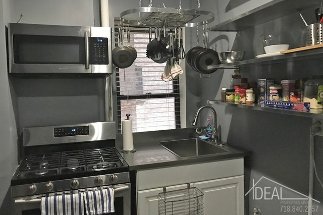 1 Bedroom, Williamsburg Rental in NYC for $2,700 - Photo 2