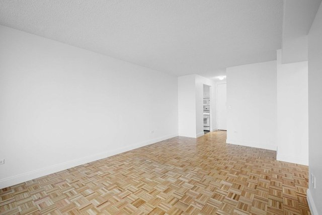 1 Bedroom, Lincoln Square Rental in NYC for $3,595 - Photo 2
