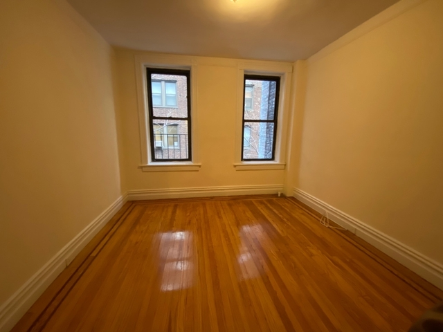 Studio, Sutton Place Rental in NYC for $2,150 - Photo 2