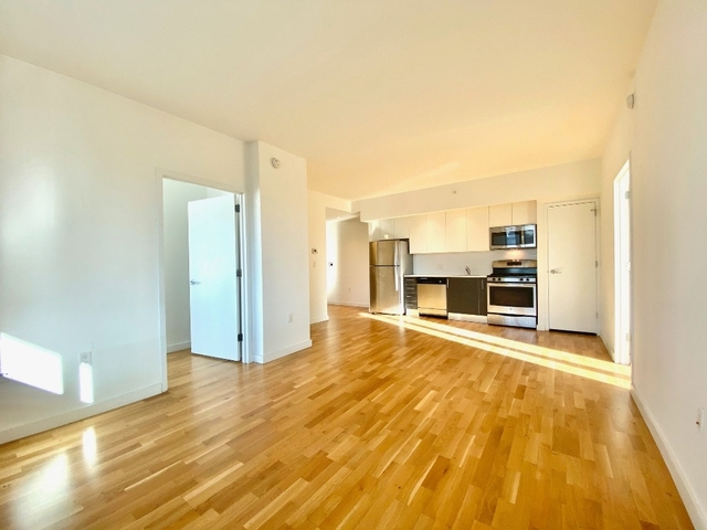 2 Bedrooms, Astoria Rental in NYC for $3,250 - Photo 1