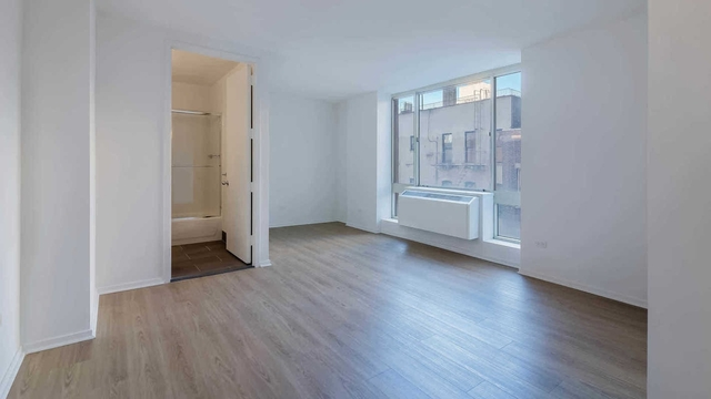 1 Bedroom, Hell's Kitchen Rental in NYC for $3,751 - Photo 2