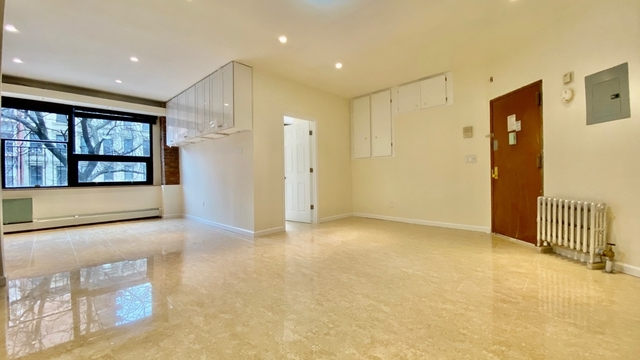 Yorkville Apartments For Rent Including No Fee Rentals