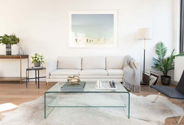 2 Bedrooms, Hell's Kitchen Rental in NYC for $7,444 - Photo 2