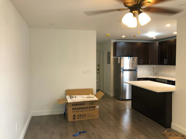 2 Bedrooms, Bay Ridge Rental in NYC for $2,499 - Photo 2