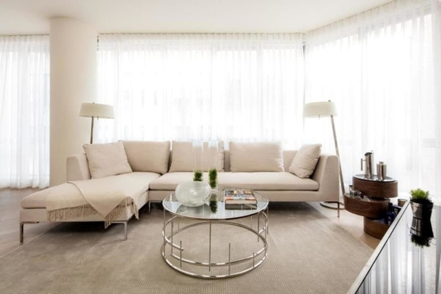 2 Bedrooms, Two Bridges Rental in NYC for $6,371 - Photo 2