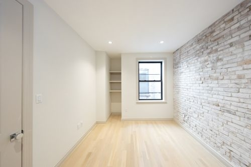 1 Bedroom, Alphabet City Rental in NYC for $4,400 - Photo 2