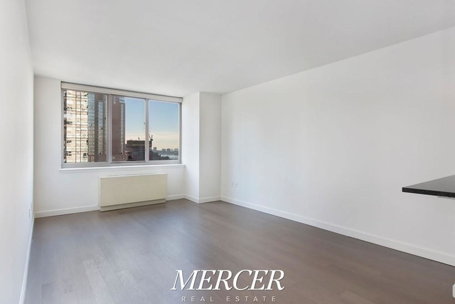 Studio, Hell's Kitchen Rental in NYC for $2,790 - Photo 1