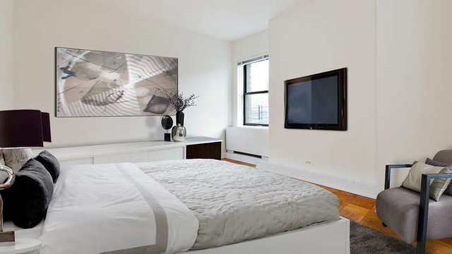 4 Bedrooms, Chelsea Rental in NYC for $5,450 - Photo 2