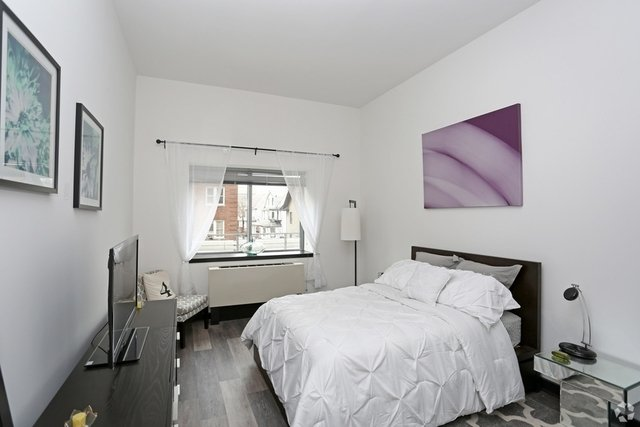 1 Bedroom, Jamaica Rental in NYC for $2,200 - Photo 2
