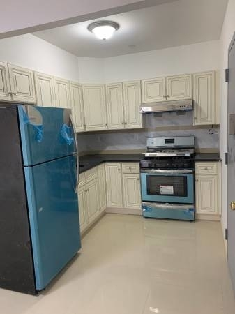 2 Bedrooms, Jamaica Rental in NYC for $2,100 - Photo 2