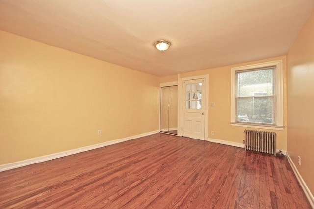 1 Bedroom, Sunnyside Rental in NYC for $1,350 - Photo 1